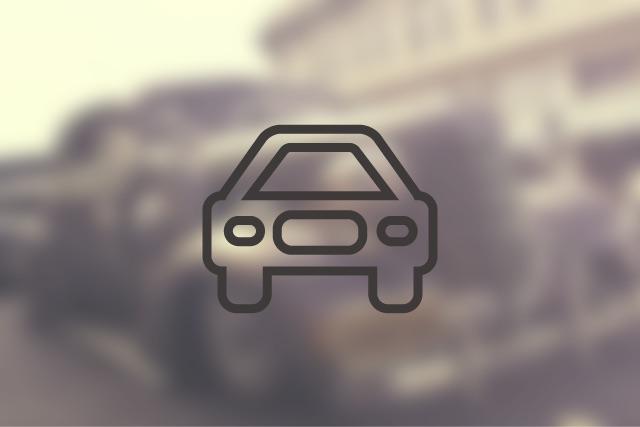 【車】ラウンジ